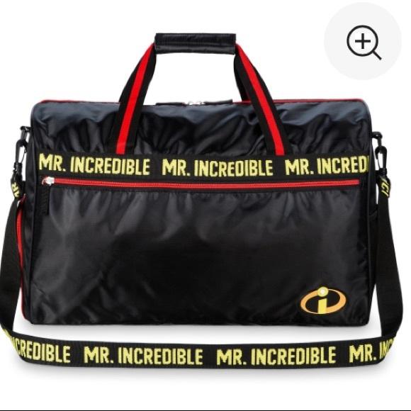 d7de69945288 🌟New🌟 Disney Mr. Incredible Duffel Travel Bag